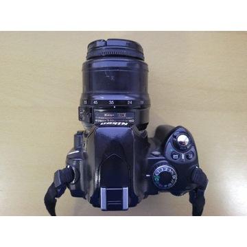 Nikon D40 + DX Nikkor 18-55mm