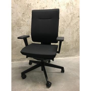 NOWY Fotel biurowy ProfiM Xenon 10SFL CZARNY lędźw
