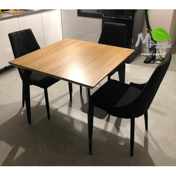"""Dębowy stół z """"pająkowymi"""" nogami :)"""
