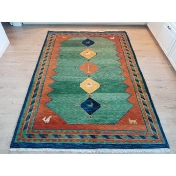 Piękny orientalny ręcznie tkany indyjski dywan