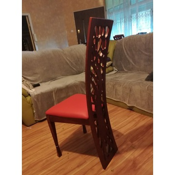 Krzesła czerwone skóra drewno do salonu nowoczesne