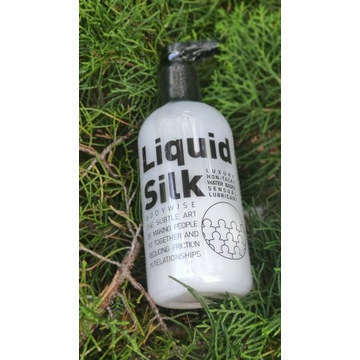 "Lubrykant ""Liquid Silk"" 250ml"