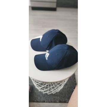 Dwie czapki z daszkiem firmy ADIDAS