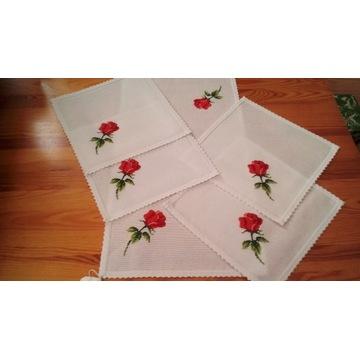 serwetki z różą -haft ręczny, rękodzieło - komplet