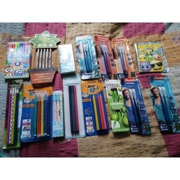 Zestaw długopisów ołówków do szkoły licytacja