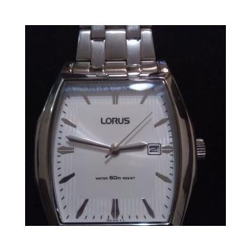 Sprzedam zegarek męski Lorus Seiko.