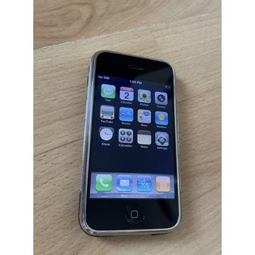 Pierwszy iPhone 2G z systemem iOS 1.0