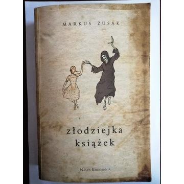 Markus Zusak - Złodziejka książek