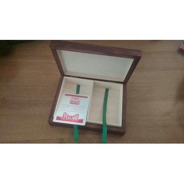 Drewniane podwójne pudełko na karty