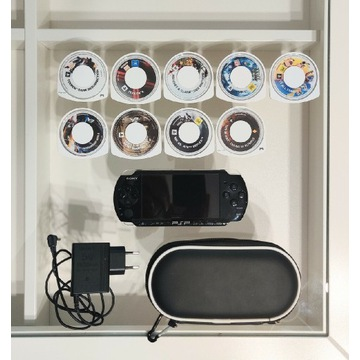 Sony PSP 3004 + gry + etui + karta SD