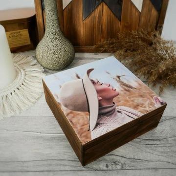 Twoje zdjęcie na drewnianym pudełku 15cm x 15cm