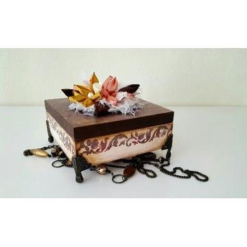 Pudełko szkatułka sztuka art praca ręczna