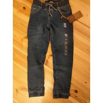 Nowe jeansy, spodnie 140 coolclub