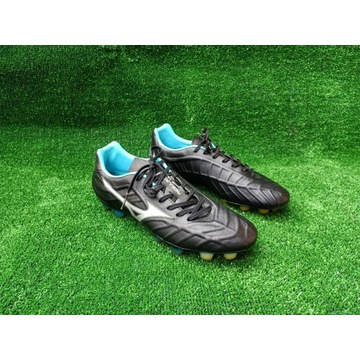 Buty piłkarskie korki Mizuno Rebula V1 r.41