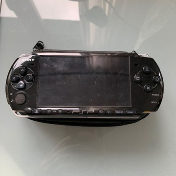 PSP 3004 na części