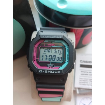 Zegarek Casio G-SHOCK GW-B5600GZ-1ER GORILLAZ