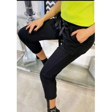 LALELI spodnie dresowe