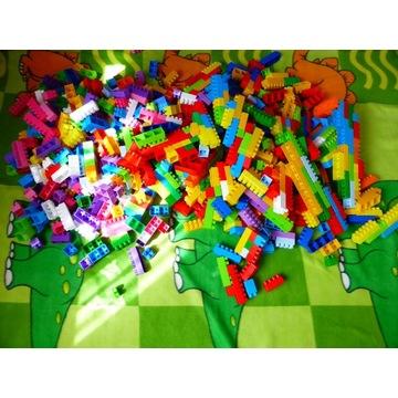 Klocki plastikowe różne kolory i wielkość, 866 szt