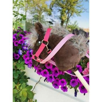 Koń Hobby Horse na kijki + zestaw - Rose
