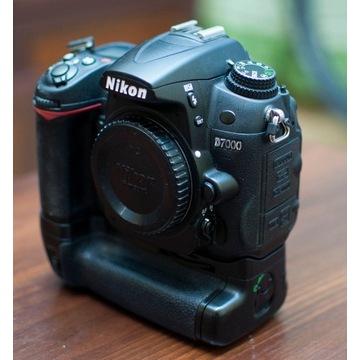 Nikon D7000 + Grip + 2x Bateria