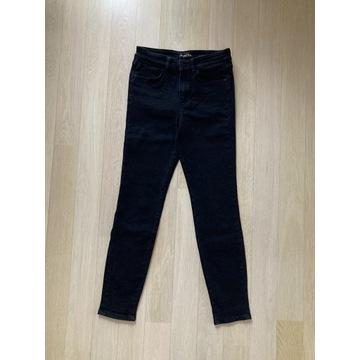 Czarne jeansy Massimo Dutti w delikatne cętki