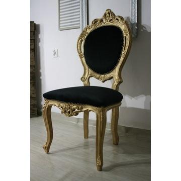 Ręcznie robione , bogato zdobione krzesło.