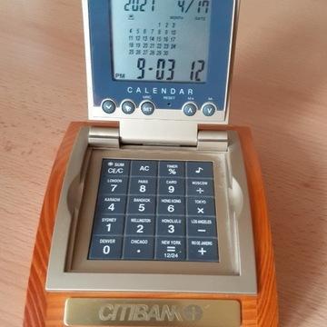 zegar z datą i kalkulatorem na baterie -na biurko