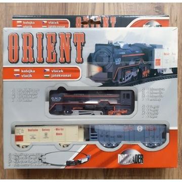 Kolejka Orient, lokomotywa, 2 wagony, Dromader