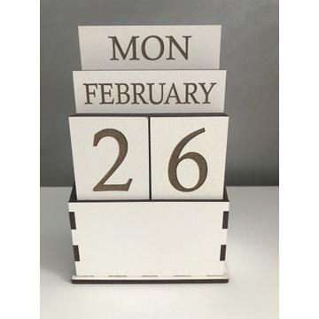 Kalendarz drewniany wieczny