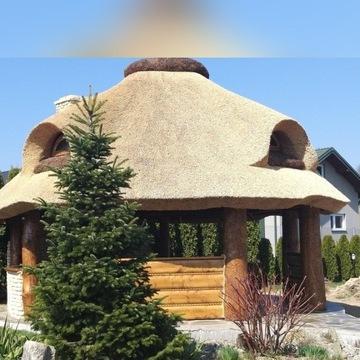Altany Domki Dachy kryte trzciną strzechą meble