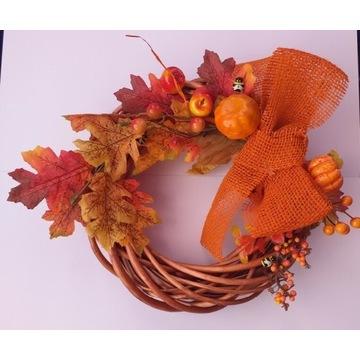 Jesienny wianek ozdobny