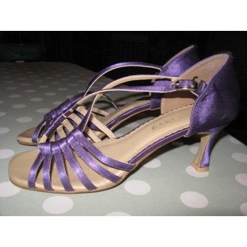 Buty do tańca latino