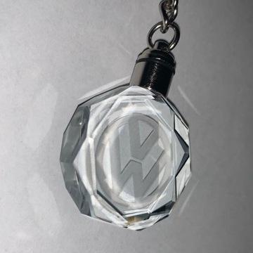 Kryształowy brelok LED do kluczy