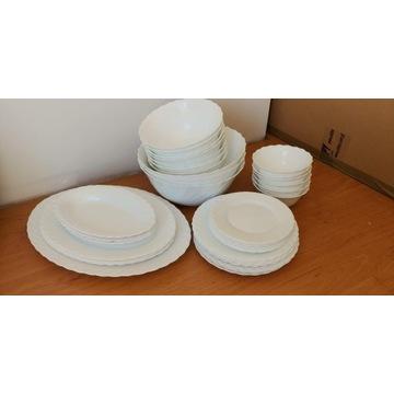 Naczynia białe miski półmiski talerze salaterki