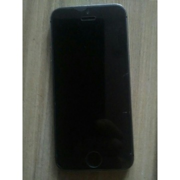 IPhone 5 s 16 giga.