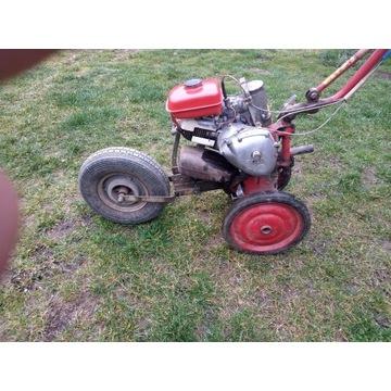 Traktorek glebogryzarka
