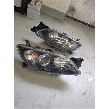 Reflektory lampy przód Mazda 3BK sedan lewy+prawy.