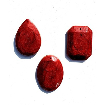 OKAZJA Zetaw wisiorków kolor rubin żywica epoksyd