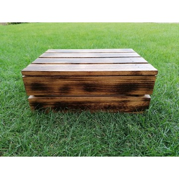 Skrzynka, skrzynia drewniana zamykana