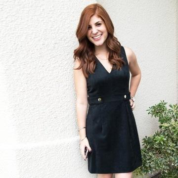 Zamszowa sukienka h&m mała czarna guziki złote