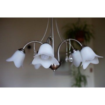 Lampy i kinkiety różne, klasyczne i nowoczesne