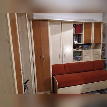 Meble młodzieżowe rogowe z podwójnym łóżkiem