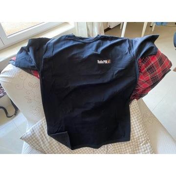 T shirt radio pin