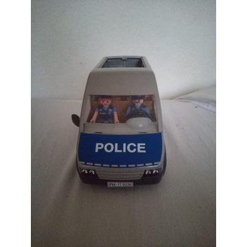 Playmobil pojazd policyjny.