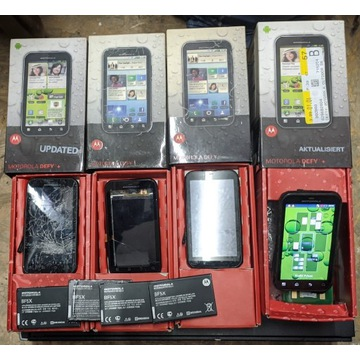 Telefon Motorola Defy MB526, MB525