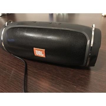 Głośnik Bluetooth z wbudowanym radiem FM