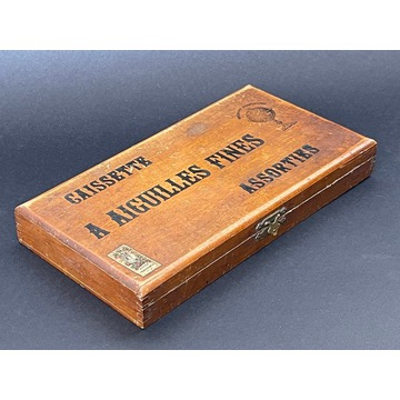 stare pudełko drewniane kasetka