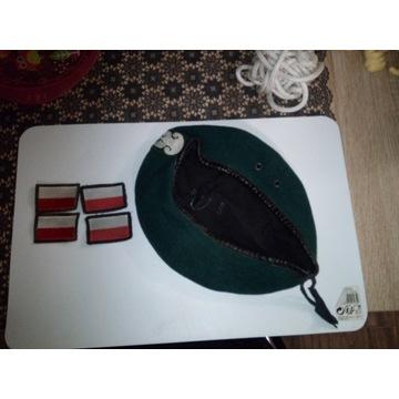 beret i flagi naramienne