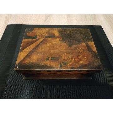 Stara szkatułka/skrzyneczka drewniana PRZEDWOJENNA
