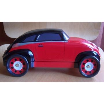 Puszka w kształcie samochodu